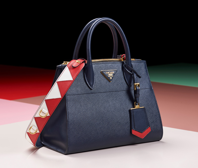 80924d3fb81137 The raw edge design, which reveals the ribbing of the leather, gives the bag  a sporty and modern look. While the option of two different sizes offer  both ...