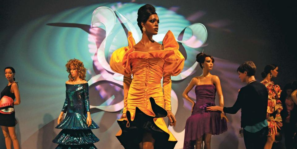 Hindman presents, Property from Ebony Fashion Fair: The Final Show