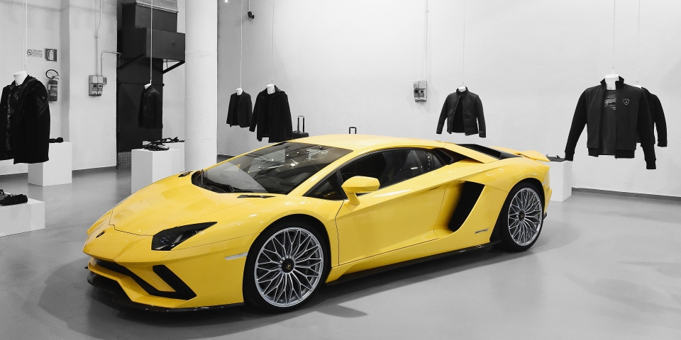 Lamborghini 2019 Spring/Summer collection