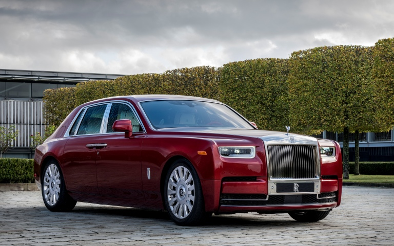Rolls-Royce charity auction to benefit (RED) AIDS charity